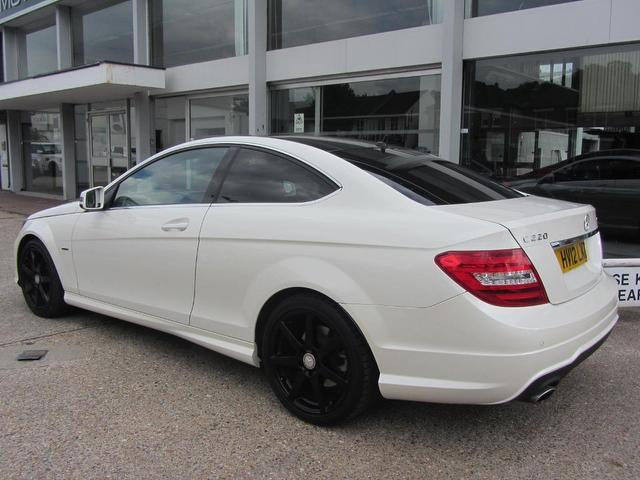 used mercedes benz car 2012 white diesel class c220 cdi blueefficiency coupe for sale in. Black Bedroom Furniture Sets. Home Design Ideas