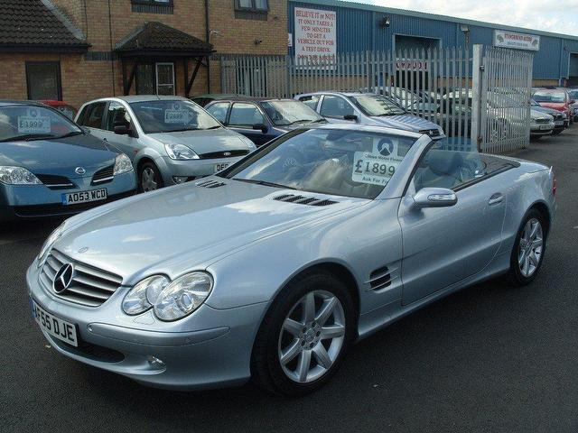used mercedes benz 2005 silver paint petrol class sl 350 2dr convertible for sale in fengate uk. Black Bedroom Furniture Sets. Home Design Ideas