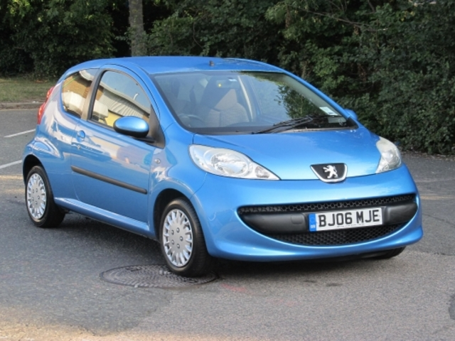 used peugeot 107 for sale under 4000 autopazar. Black Bedroom Furniture Sets. Home Design Ideas