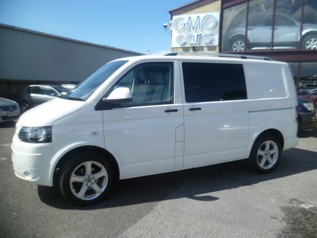 used white volkswagen transporter 2010 diesel kombi 6 seater combi van excellent. Black Bedroom Furniture Sets. Home Design Ideas