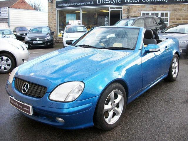 used mercedes benz 2000 petrol 320 2dr tip auto convertible blue automatic for sale in wakefield. Black Bedroom Furniture Sets. Home Design Ideas