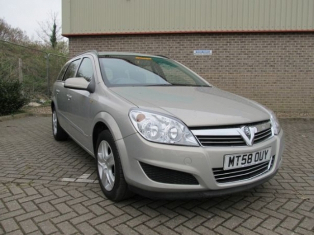 used vauxhall astra 2009 petrol silver automatic for sale. Black Bedroom Furniture Sets. Home Design Ideas