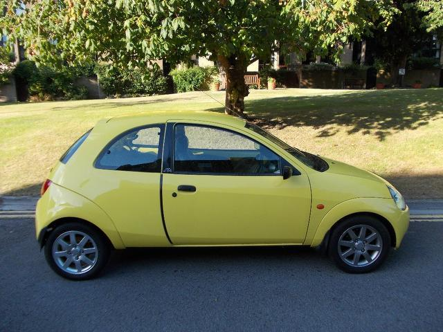 used ford ka car 2000 yellow petrol 3 door hatchback. Black Bedroom Furniture Sets. Home Design Ideas