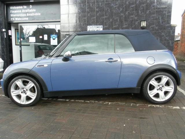 used 2004 mini convertible blue edition 1 6 cooper 2dr petrol for sale in stockport uk autopazar. Black Bedroom Furniture Sets. Home Design Ideas