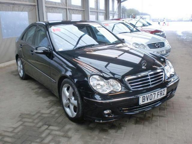 Used mercedes benz for sale in london uk autopazar for Mercedes benz for sale in london