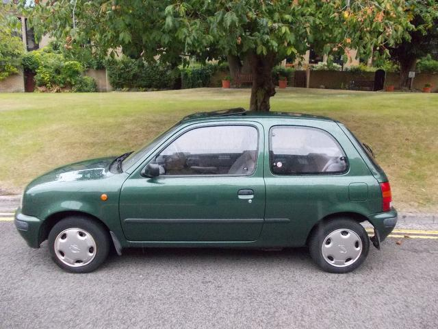 used nissan micra car 2000 green petrol 1 0 passion 3 door. Black Bedroom Furniture Sets. Home Design Ideas