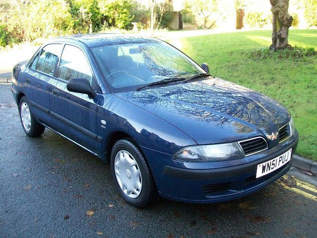 used mitsubishi carisma 2001 petrol 1 8 gdi equippe 4dr saloon blue with full service history. Black Bedroom Furniture Sets. Home Design Ideas