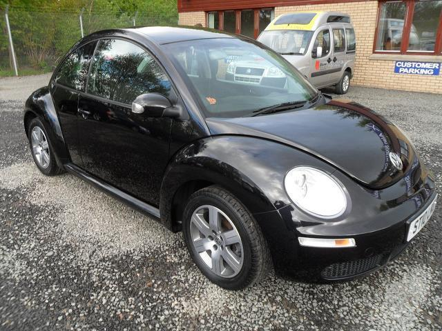used 2010 volkswagen beetle hatchback 1 6 luna 3dr one petrol for sale in inveralmond place uk. Black Bedroom Furniture Sets. Home Design Ideas